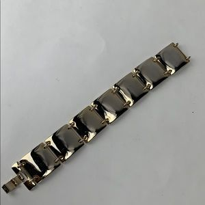 LC Lauren Conrad Gold Bracelet